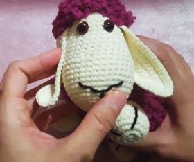 Kadife ipten kuzu yapılışi kulak,kol ve bacaklar - YouTube | 234x280