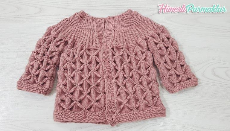 Amigurumi Hırka ve Şapka Yapılışı-Amigurumi Crochet Cardigan and ... | 438x769