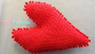 Kırmızı Kalp Yastık