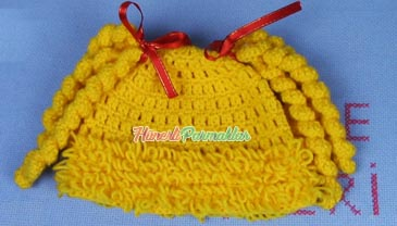 Kurtçuklu Püsküllü Bebek Şapkası